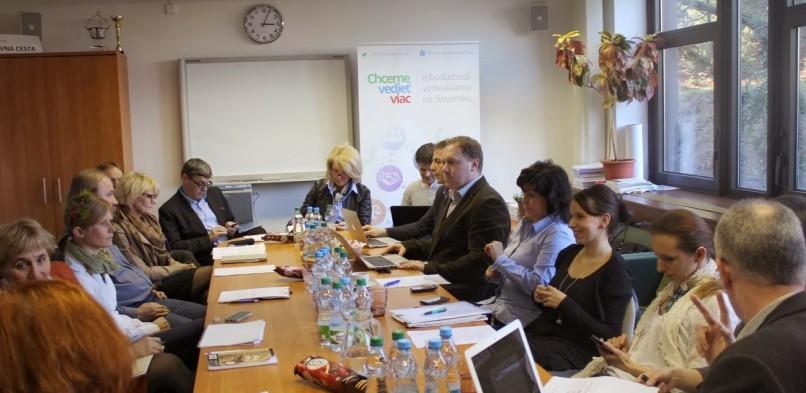 Okrúhly stôl v Bratislave 10. 3. 2014