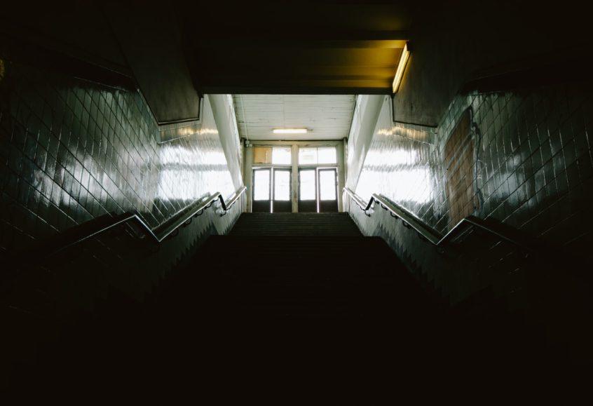 Kedy a pre koho sa otvoria brány škôl na Slovensku, ostáva zatiaľ nejasné   Foto – unsplash.com