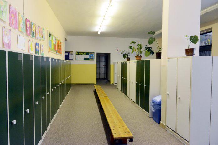 Kapacity škôlok sú a budú ešte viac nepostačujúce. Niektoré škôlky sú opakovane zatvárané kvôli karanténe, nie všetky učiteľky sú ochotné nechať sa očkovať proti COVID-19 | Foto – bratislavskykraj.sk