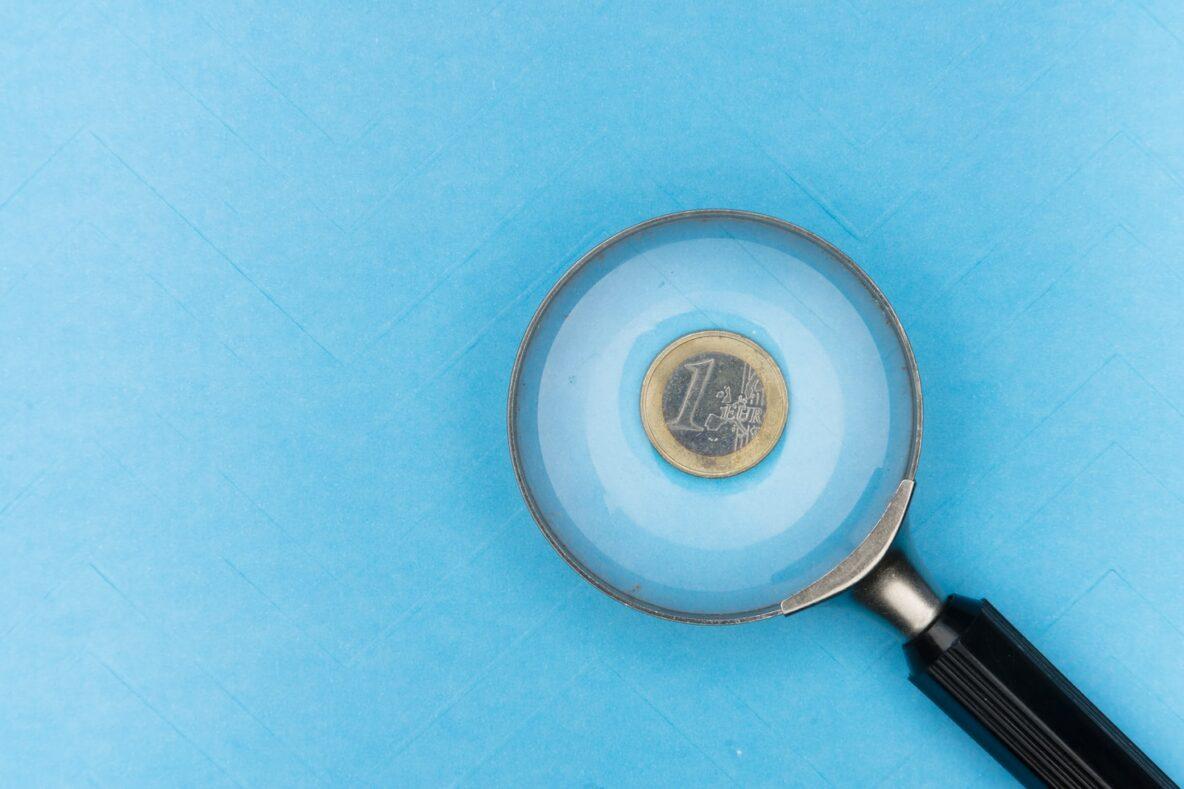 Peniaze na školstvo a vzdelávanie sa ťažko hľadajú aj tento rok | Foto – unsplash.com